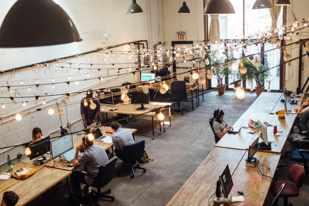 coworking in ufficio arredo smart per lavorare interagendo